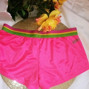 🎀 SOFFE bright pink gym or lounge🔥hot shorts 🎀